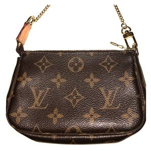 Louis Vuitton Card/Pouch with chain attachment